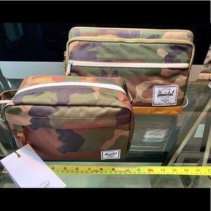 Herschel Supply Laptop Sleeve + Toiletry Bag Camo